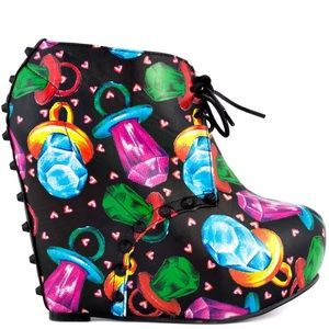 Iron Fist Ring Pop Wedge size 6 colourful kawai